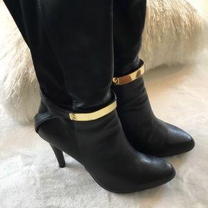 FERGIE FOOTWEAR COVE BLACK KNEE HIGH BOOTS